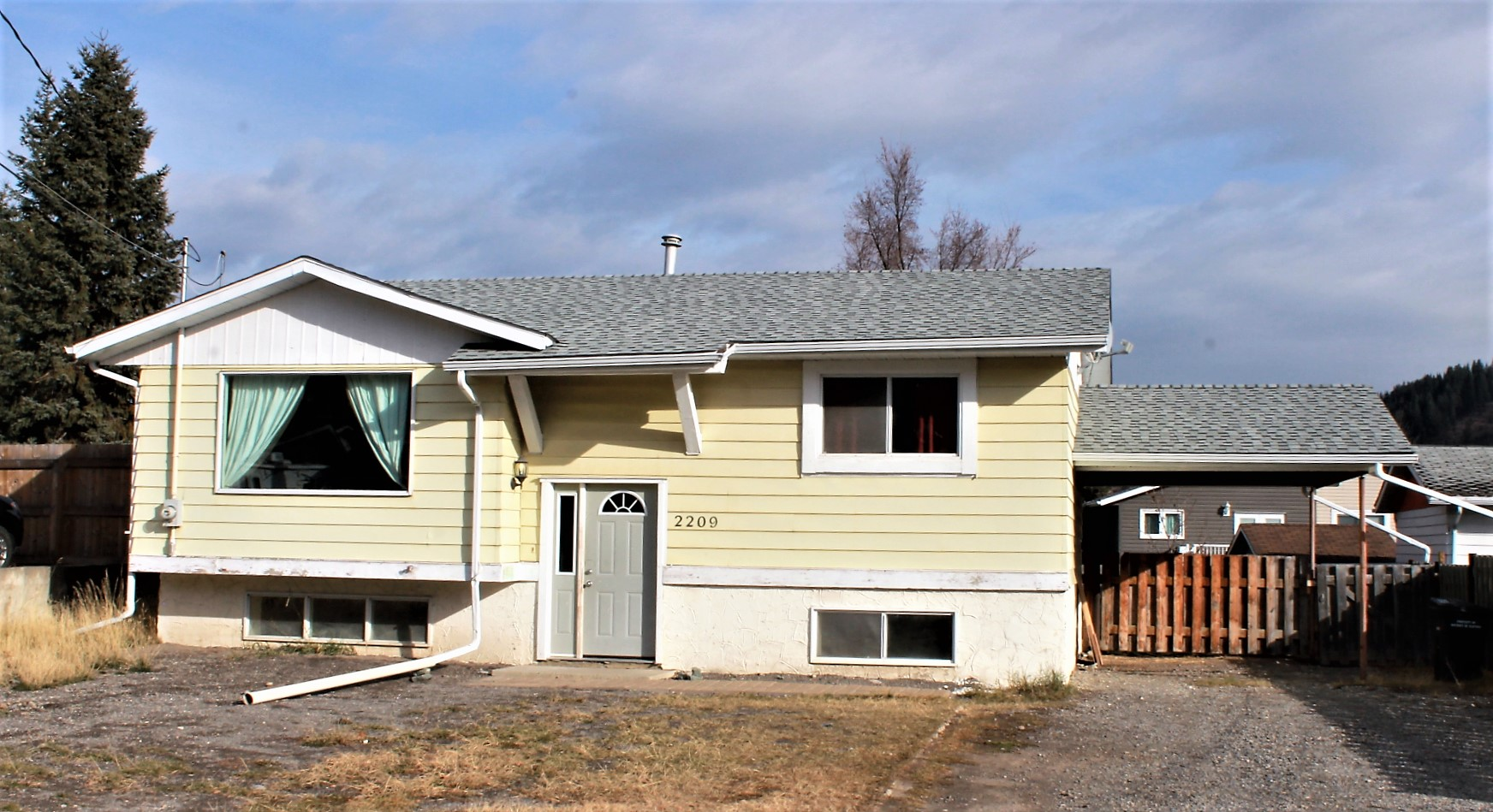 2209 Almond Street Elkford,BC