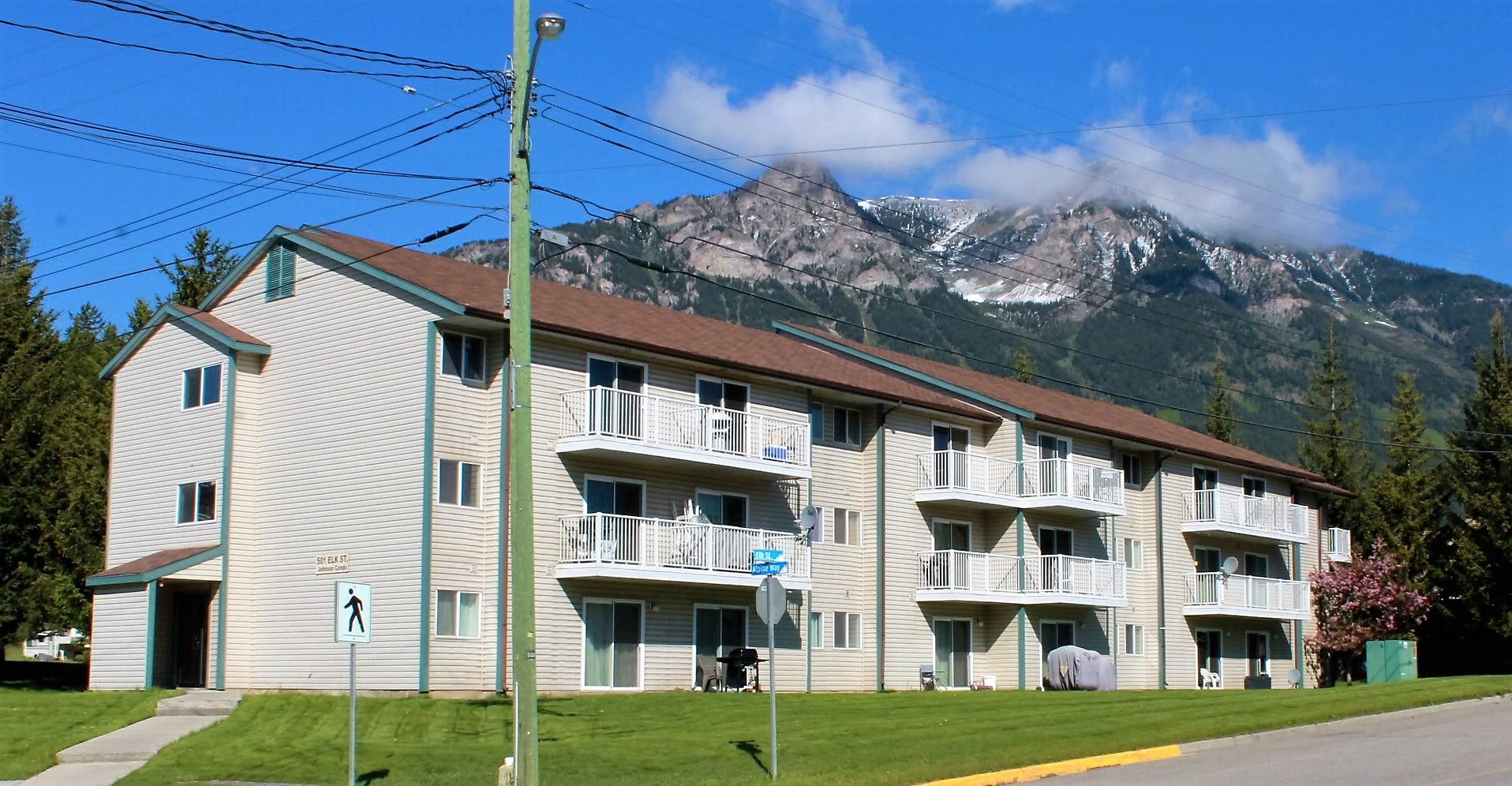 103 501 Elk Street